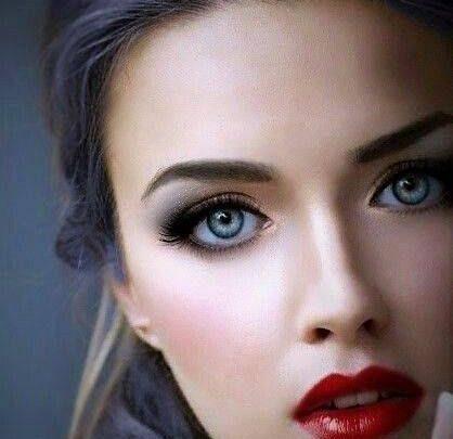 Aşık olmamak için kendinizi zor tutacağınız 46 Güzel Kadın
