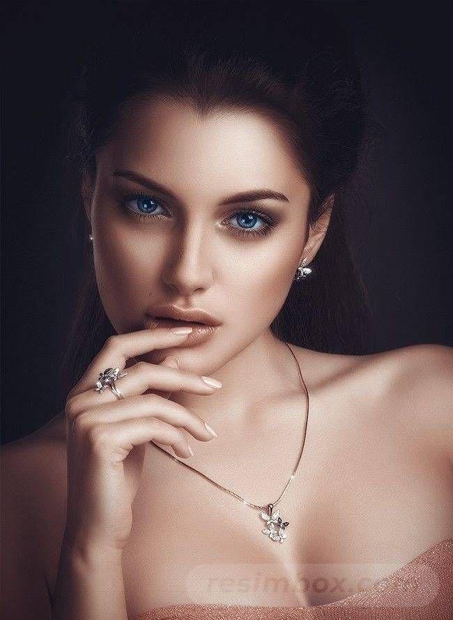 resimbox-beautiful-girl-648518415069193375