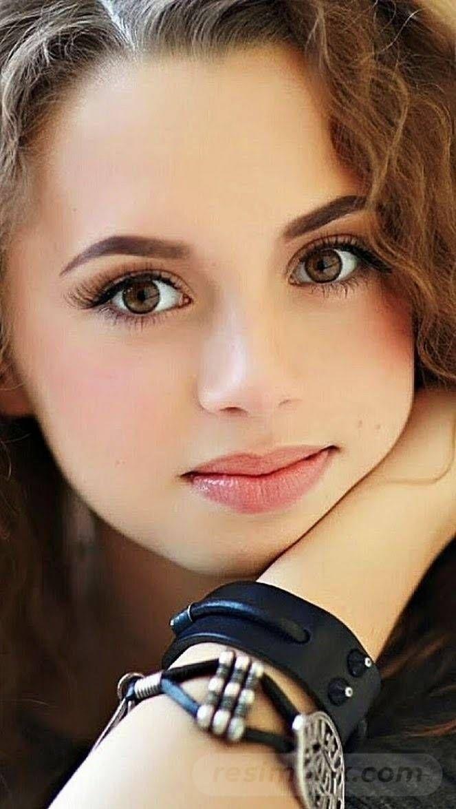 resimbox-beautiful-girl-648518415069033646